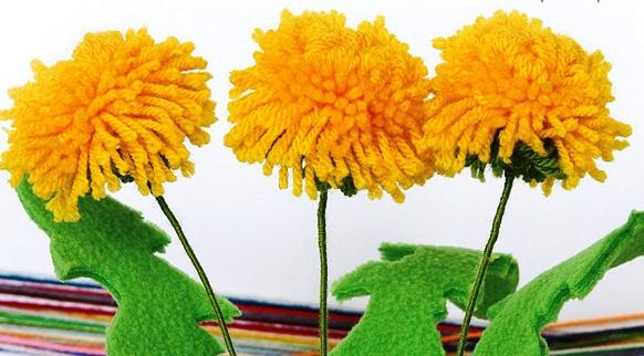 Цветы из помпонов (из пряжи) как сделать своими руками? Цветы -помпоны?
