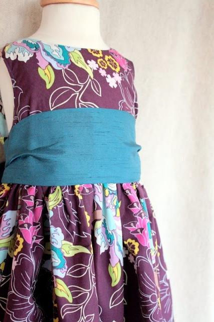 Как сшить праздничное платье